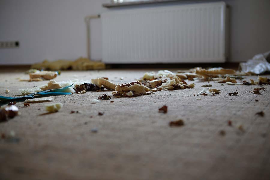 """Der Abriss erfolgte vor allem, """"um Vermüllung und Vandalismus vorzubeugen"""", sagt Flughafensprecher Uwe Schuhart."""