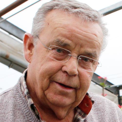 Joachim Knauf ist der Gärtner von Kursdorf. Ihm fällt es am schwersten, seine Heimat zu verlassen.