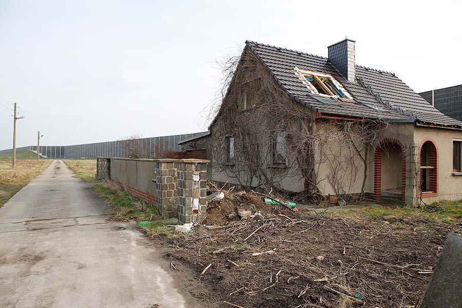 Manche der leer stehenden Gebäude nutzte das Sondereinsatzkommando der sächsischen Polizei für Übungen.