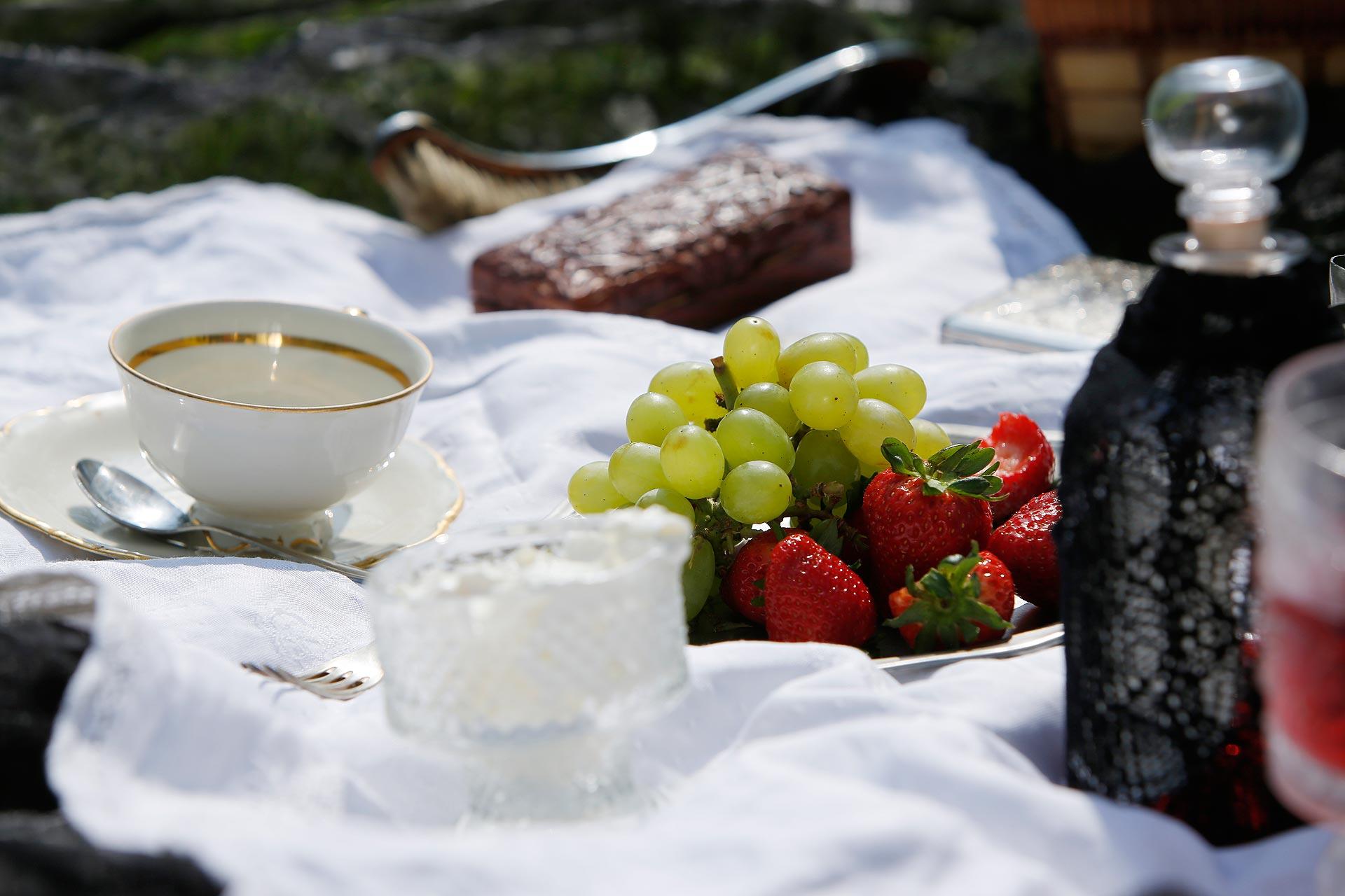 Gute Vorbereitung: alles, was man für das Viktorianische Picknick braucht.