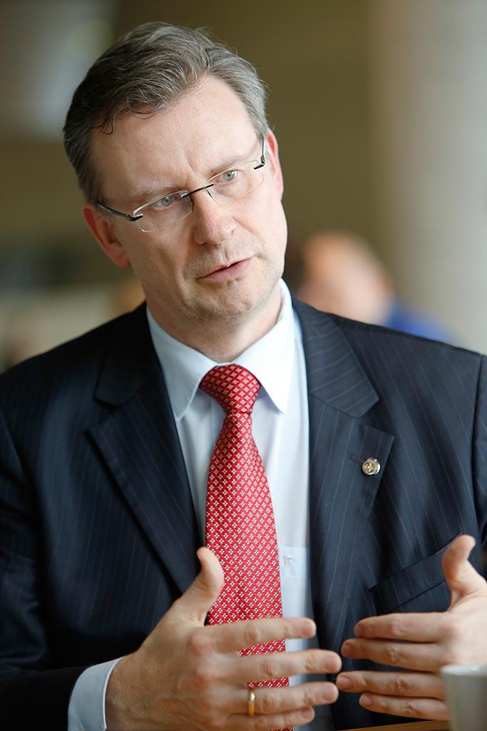 Jens Katzek ist Geschäftsführer des Automotive Cluster Ostdeutschland