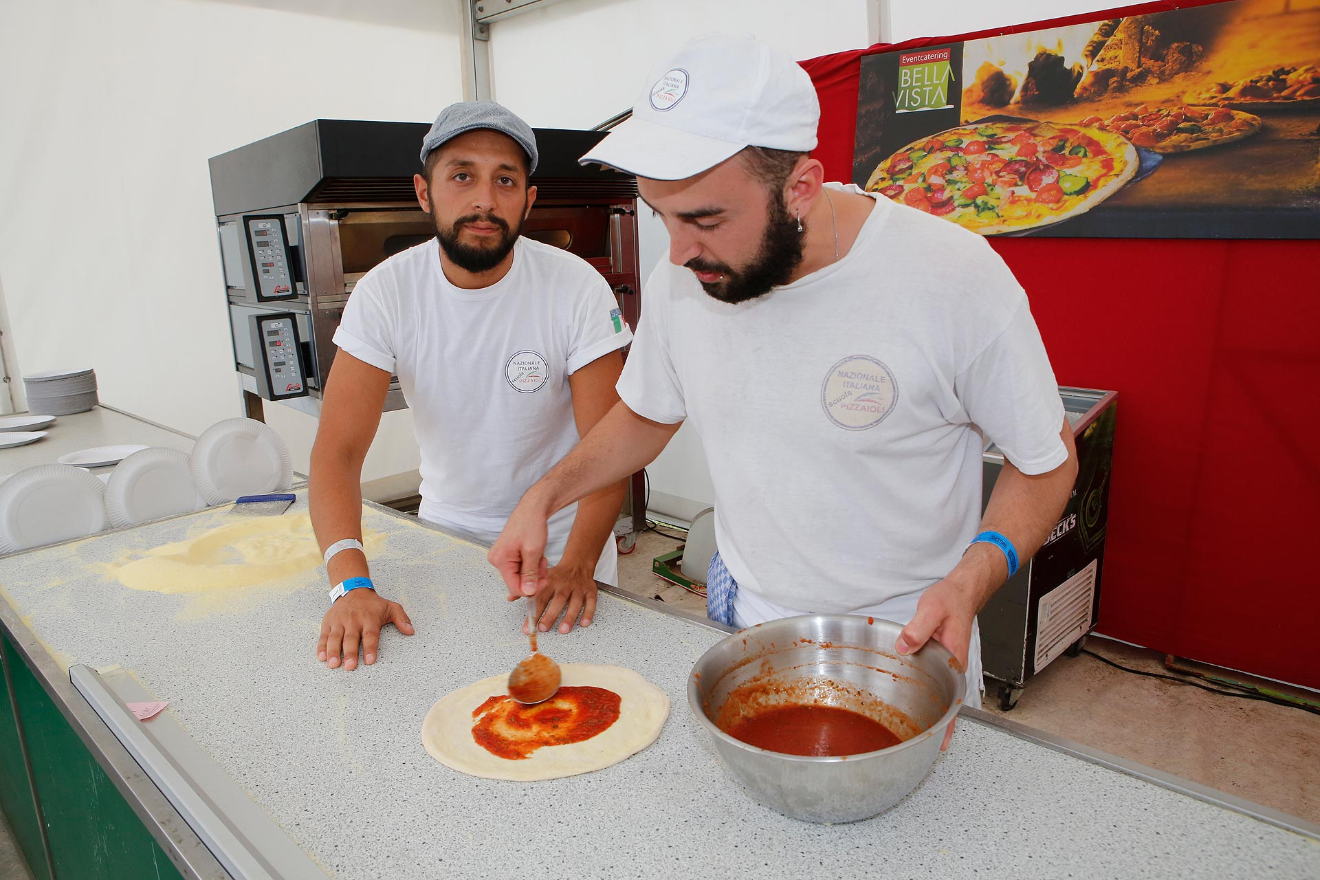 Die Pizzabäcker sind extra aus Palermo zum Highfield angereist.